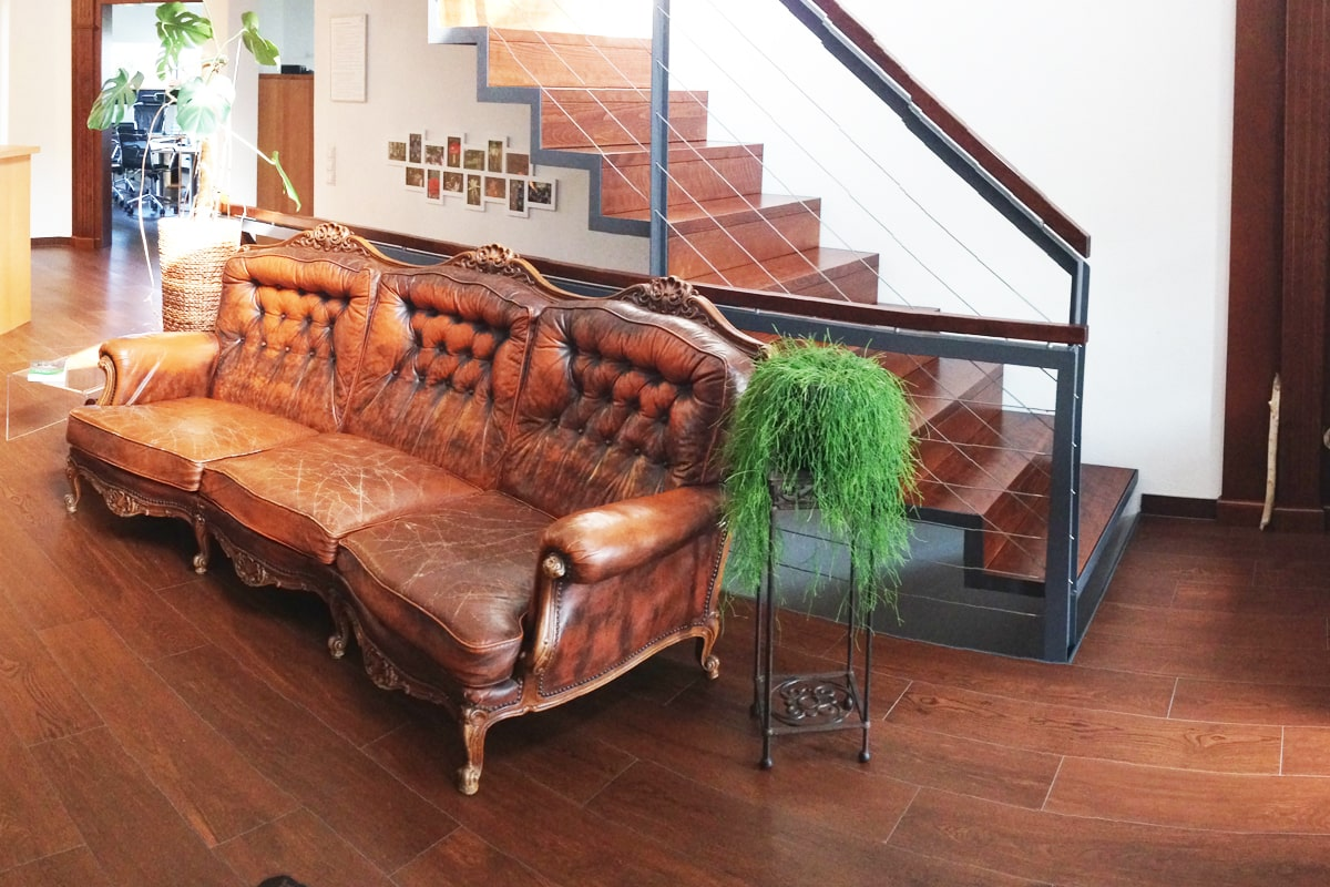 seminarhaus-sofa